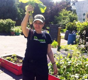 jardinière-bénévoles du Jardin Solidaire